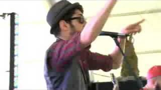 """Chromeo - """"Fancy Footwork"""" - Dell Summer Rocks"""