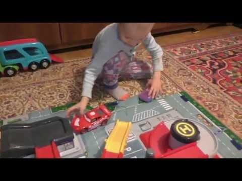 Самые лучшие  Детские Игрушки Молния Маквин Паркинг гараж дороги играем машинками тачки скачать