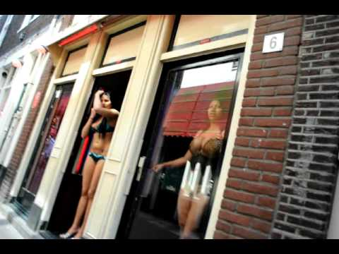 Red Light District Amsterdam Prostitutes June 23 2010 051.AVI