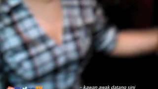 Download Video Kompleks Berahi MP3 3GP MP4