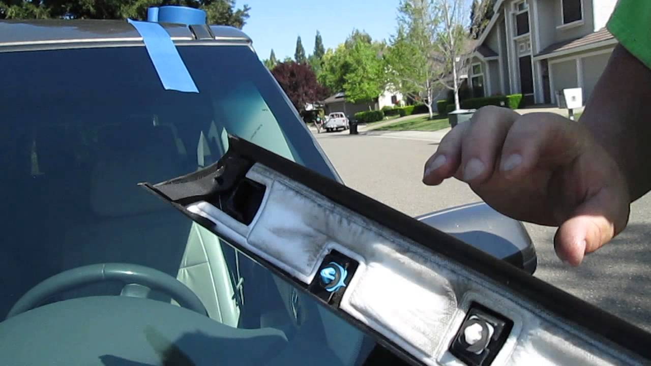 Ford Flex Windshield Side Molding Remove And Installing