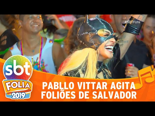 Pabllo Vittar vai de Mulher-Gato ao carnaval de Salvador | SBT Folia 2019