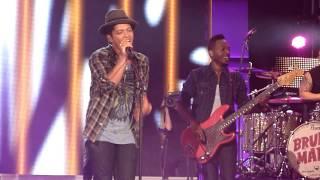 Bruno Mars, SWR3 New Pop Festival 2011 - Valerie(Part 2).MTS