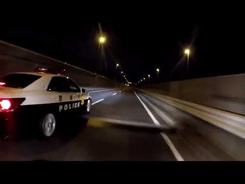 【警察が煽り運転⁉︎…