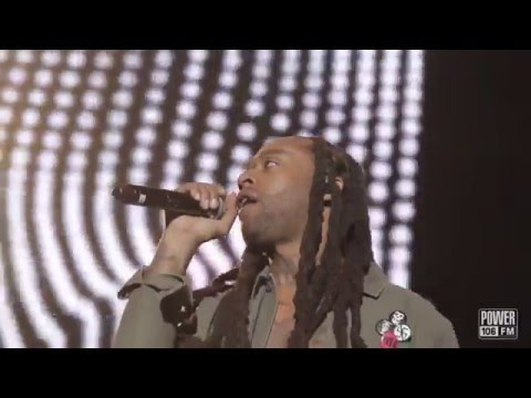 "Wiz Khalifa & Ty Dolla Sign Perform ""You And Your Friends"" At Cali Christmas"
