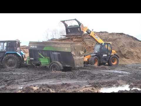 Кормораздатчик РСК 12 испытание на Алтайской МИС 2019 г