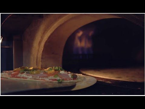 Pizza with a Twist at Brick Fire on yoloTX TV