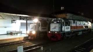 KA Serayu Malam Berangkat dari Jalur 1   CC 2039812 di Jalur 3