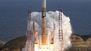 気象衛星「ひまわり9号」を搭載したH2Aロケット31号機が2日午後...