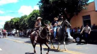 Cavalgada em Flora Rica