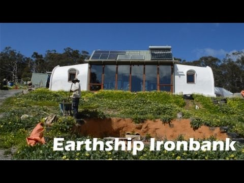 Meet The Makers | Martin Freney - Earthship