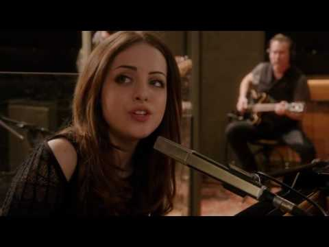 """Elizabeth Gillies and The Assassins  - Complicated (From """"Sex & Drugs & Rock & Roll"""" Sub Eng-Es)"""