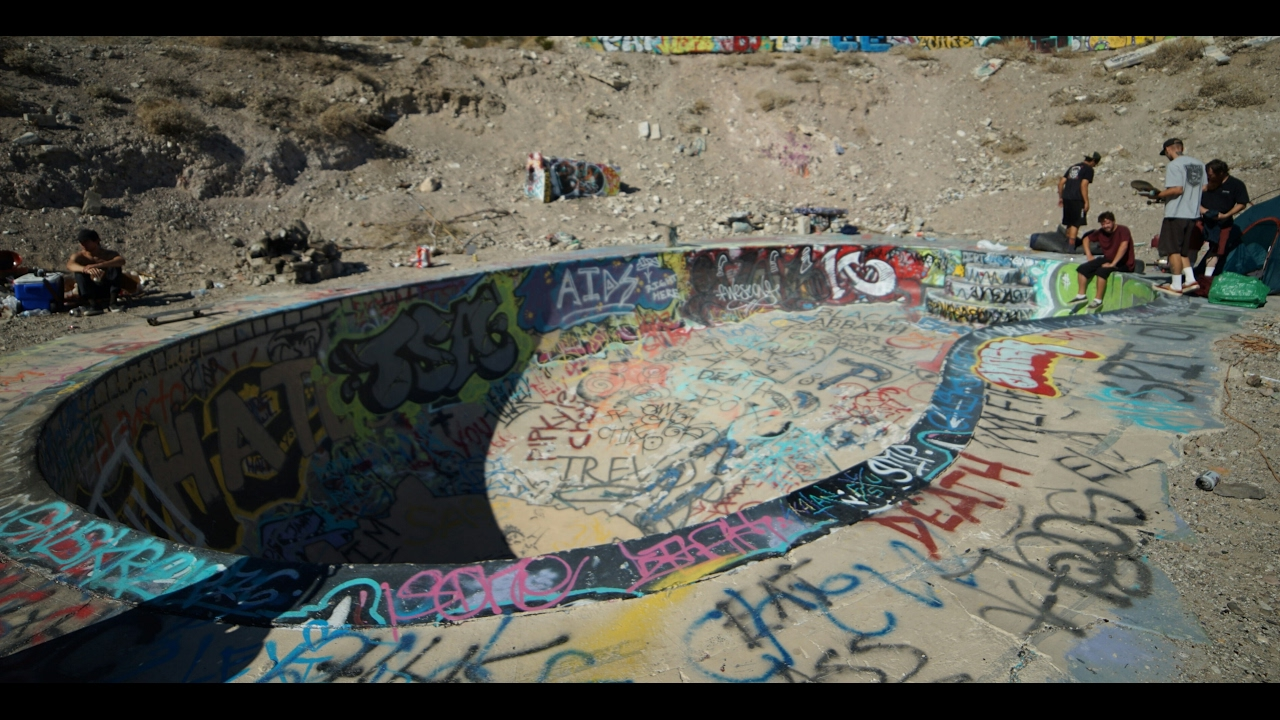 NUDE BOWL CAMPING TRIP *EMPTY POOL* - YouTube