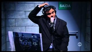 The Noite (13/10/14) - Danilo Gentili diverte plateia com desenhos