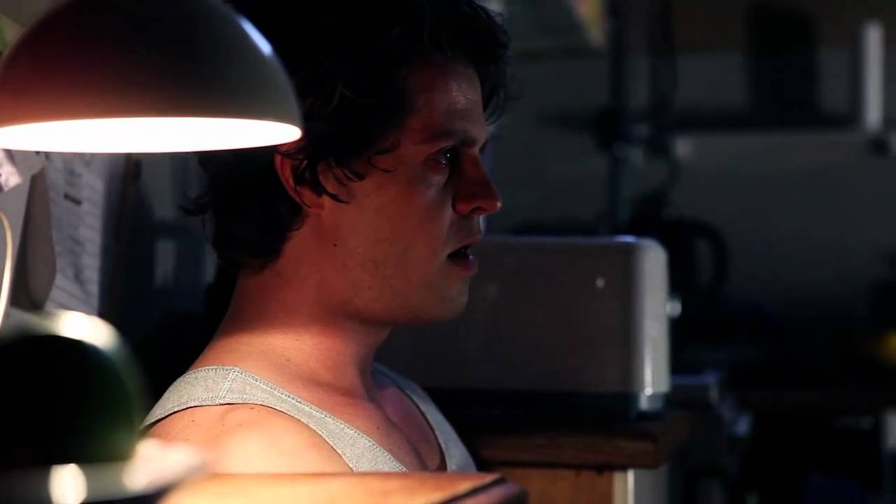 Download S3 Episode 2: Crowded house