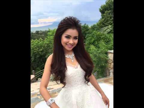 3 white dresses song khmer