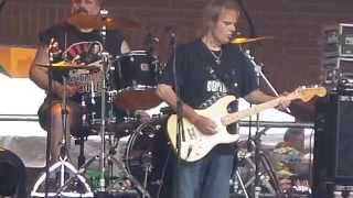 Walter Trout- Help Me- Lowertown Blues Festival