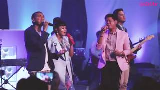 Video Yura Yunita ft. RAN - Melawan Dunia (Special Concert Yura Yunita with Cadbury Oreo) download MP3, 3GP, MP4, WEBM, AVI, FLV Juli 2018