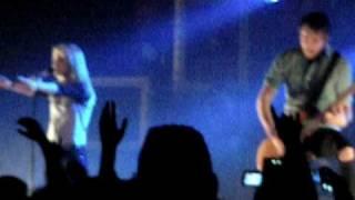 Paramore - I Caught Myself (LIVE) at The Fox Theater Pomona, CA (9.29.09)