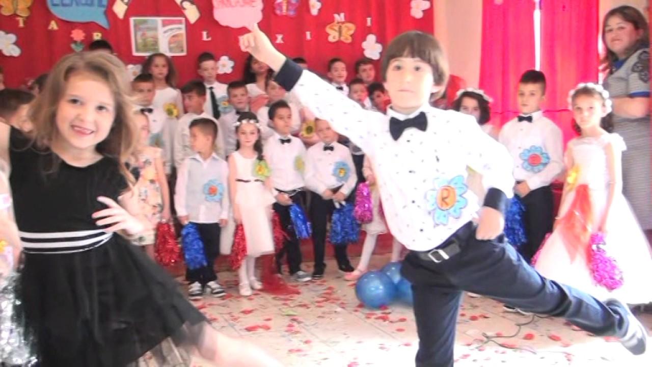 Download Festa e Abetares Stejsi dhe Rei ne klasen e pare...
