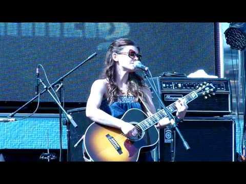 Erin McCarley - Tom's Diner/ Sticky-Sweet - Live - Mayercraft 2