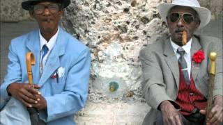 Tuccillo & Kiko Navarro feat. Amor - Lovery (Slow Cuban Vibe)