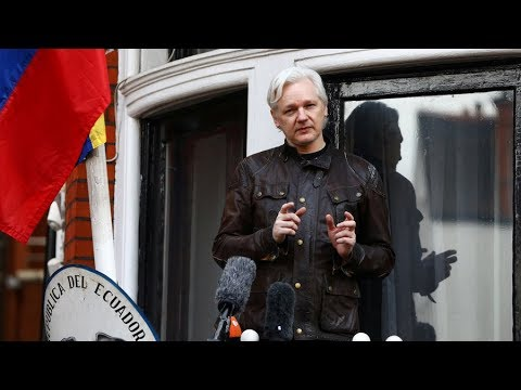 US Senate calls Julian Assange to testify on Russian \'meddling\'