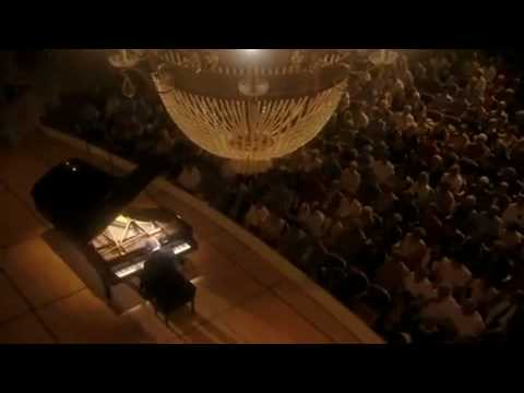 Barenboim plays Beethoven Sonata No. 25 in G Major, Op. 79,