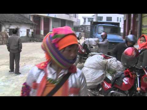 Hmong (Miao) market Wenshan 01