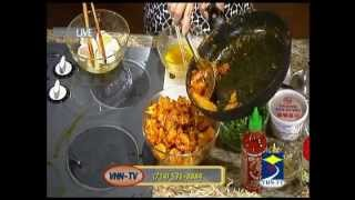 Ca Sỉ Lưu Việt Hùng's Cooking Show vơí Phuong Nguyen - Mì Quảng - 2 of 3