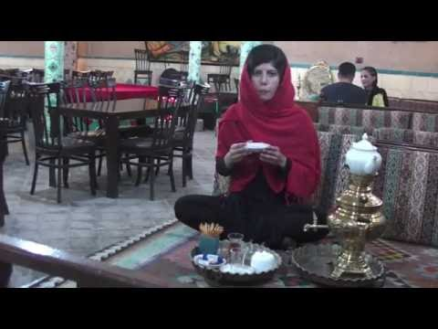 TEA HOUSE IN IRAN AND HOW TO DRINK TEA THE PERSIAN WAY!
