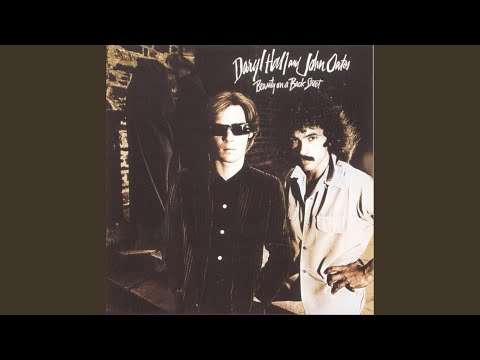 Top 10 Hall & Oates Songs From the '70s