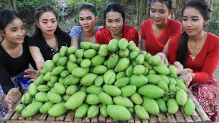 Wow 30 kg mango fruit with shrimp paste recipe in my village