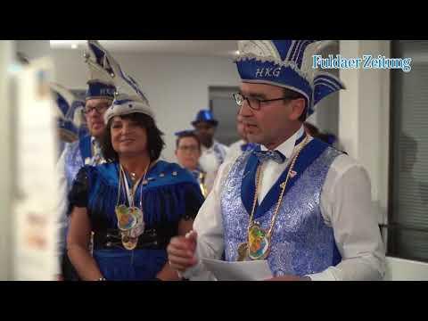 Hünfelder Karnevalsgesellschaft stürmt Redaktion der Hünfelder Zeitung
