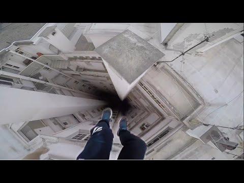 Extreme Rooftop Parkour POV