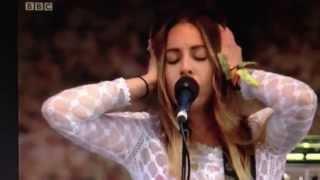 Video Haim @ Glastonbury 2014: XO (Beyonce cover) download MP3, 3GP, MP4, WEBM, AVI, FLV Maret 2018