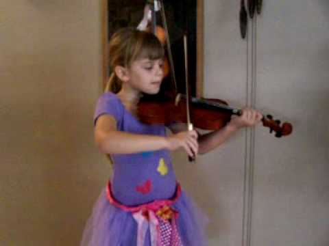 Mozart - Children Song - by violinist Jacque Kurchinski - Part 2 ( 5 years Old)