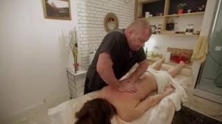 Самые эффективные техники массажа в салоне красоты & SPA ''Библиотека стиля''