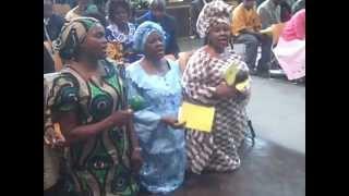 Anglican-Baba Wedu & Nyenye YaMwari-Zim Day.AVI