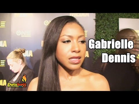 Gabrielle Dennis from Fox TV's 'Rosewood' Sings on the Red Carpet