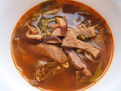 Корейская кухня: юккеджян (육개장) или острый говяжий суп