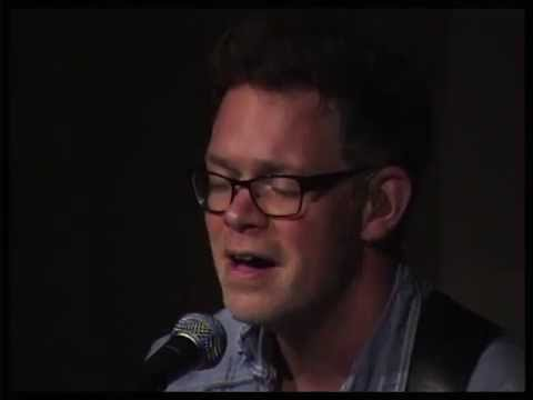 """Jason Gray sings """"I Don't Know How"""""""