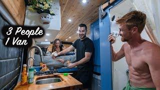 3 People Living iฑ a Van | Van Life in Colombia