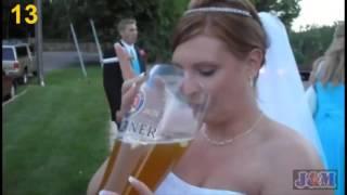 Пьяные девушки на свадьбе