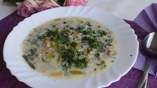Сырный суп с грибами и луком пореем