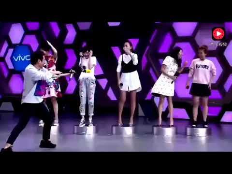 综艺节目上,应采儿为陈小春唱《算你狠》,好听到哭