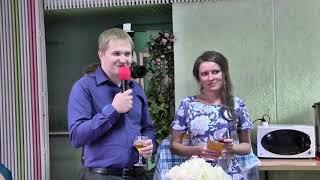 Ведущая мероприятий и певица Елена Капитай.