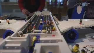LEGO ® Flugzeug aus 9764 Steinen - Großbauprojekt am Hannover Airport