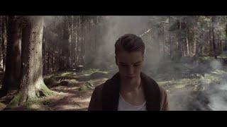 Смотреть клип Mikolas Josef - Hands Bloody