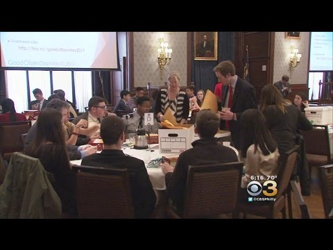 High School Students Take Part In Union League's 'Good Citizen Day'